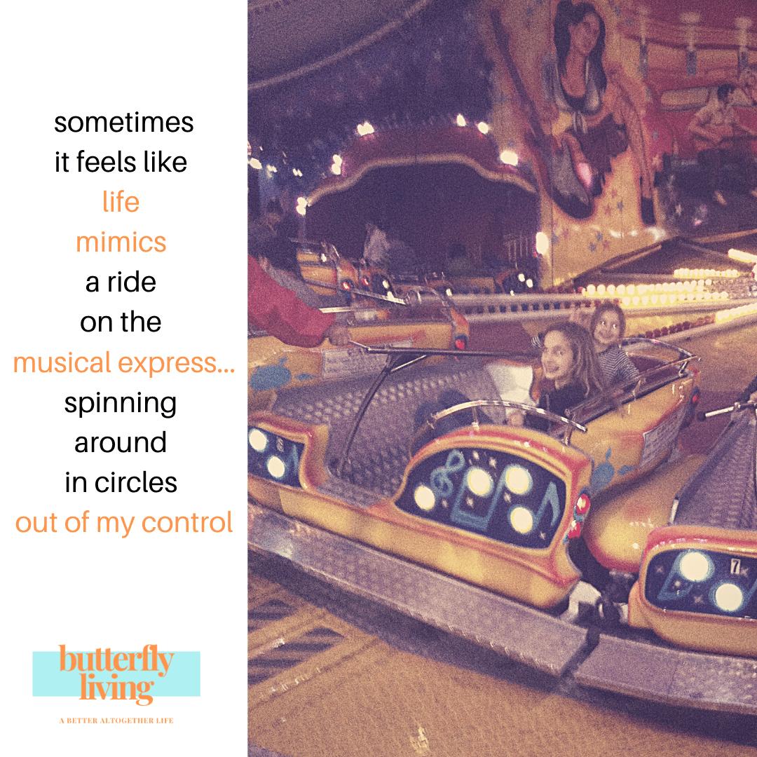 girls on amusement ride-when should parents let go