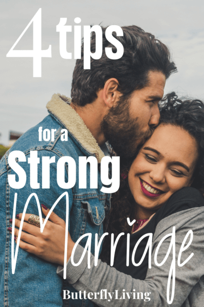 couple hugging-elements of a successful marriage