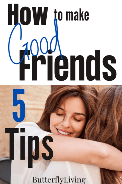 ladies hugging-how to make good friends