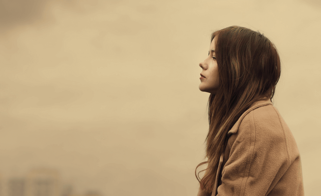 lady alone-when you lose a friend